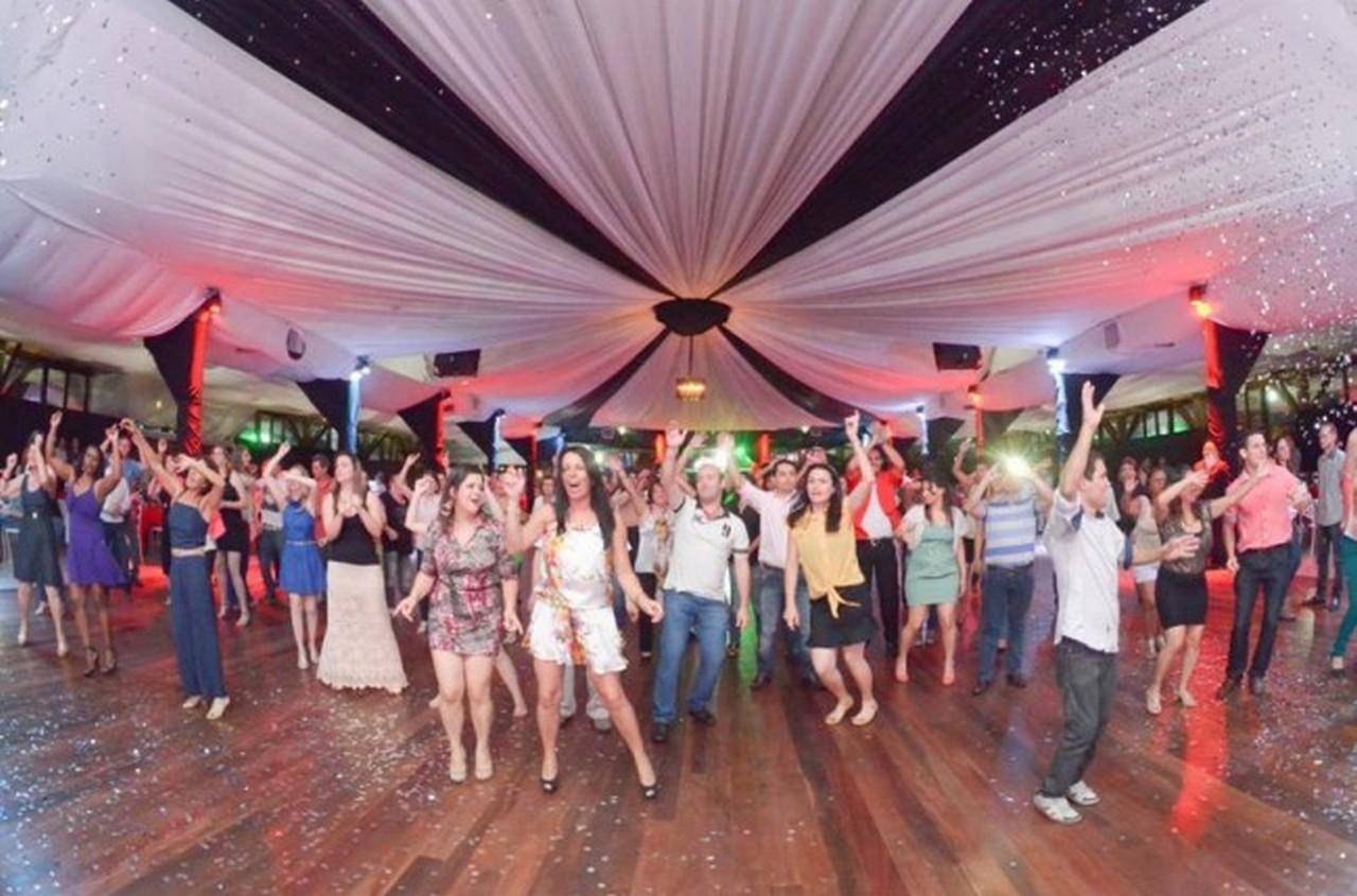 Um baile de celebração marcou os 25 anos do Sinsej | Foto: Jomas Ferreira