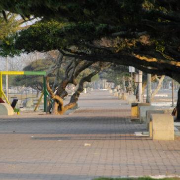 Só lockdown pode salvar o Brasil da tragédia, afirmam especialista