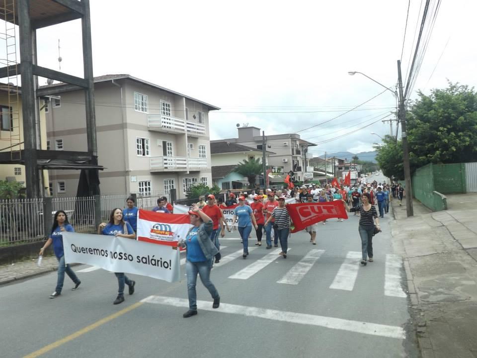Manifestação Metalúrgica Duque – outubro/2013