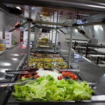 Há vagas para trabalhar nos refeitórios do SECRJ